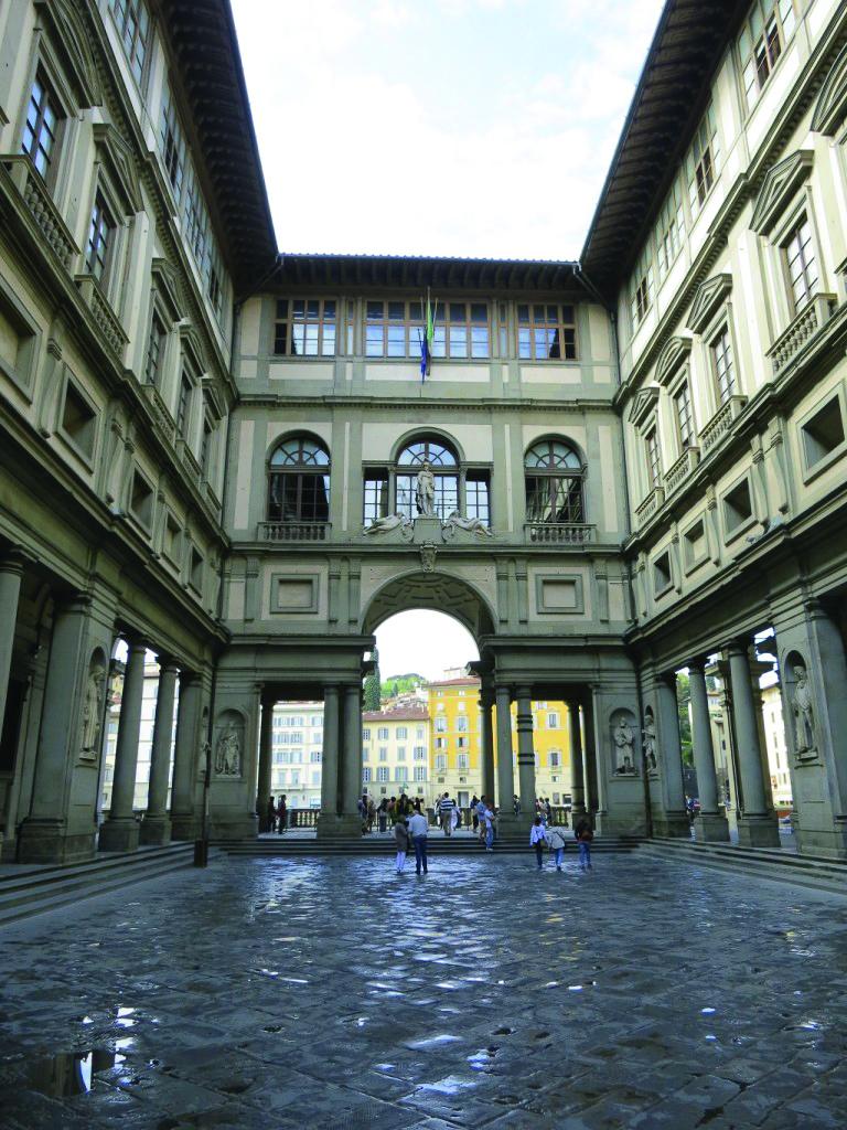 Miseria e Nobiltà – I beni e le attività in Italia
